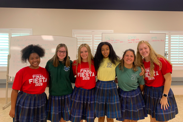 Xpress+welcomes+its+new+members+into+the+class.+Shot+by+Alissa+Celaya-2020%2C+Pictured+from+left+to+right+is+Senior+Mia+Parham%2C+Junior+Emma+McCarthy%2C+Senior+Delainey+Maxwell%2C+Sophomore+Maia+Weingard%2C+Junior+Zoelyn+Mulloy%2C+and+Senior+Jocylen+Rupp.+%0A
