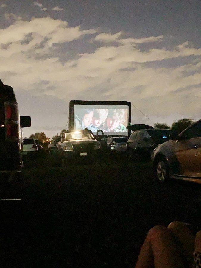 Night+falls+as+The+Goonies+entertains+drive-in+guests.%0A