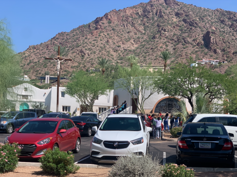 Seniors gather at the rustic Mount Clarinet in Scottsdale, Arizona for their first Prayer Day.